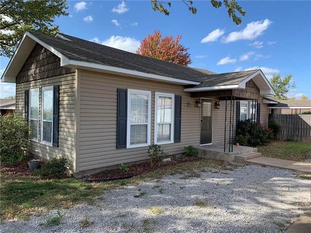 309 W Lincoln, Corn, OK 73024 (MLS #933002) :: Homestead & Co