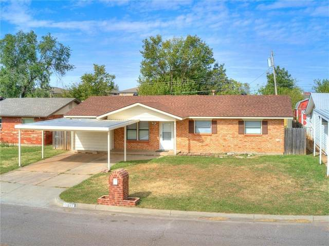 809 NW 22nd Street, Moore, OK 73160 (MLS #933019) :: Homestead & Co