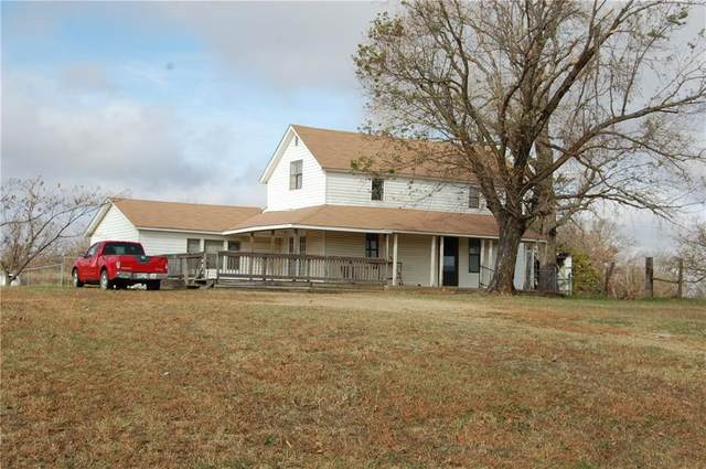 23038 E Old Highway 18 Highway, Tecumseh, OK 74873 (MLS #933171) :: Homestead & Co
