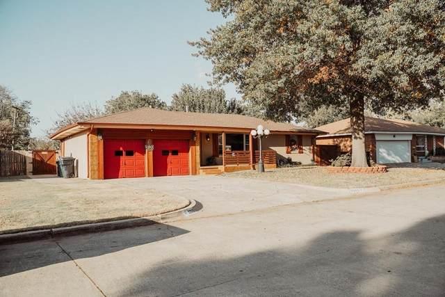 2209 SW 68th Street, Oklahoma City, OK 73159 (MLS #933362) :: Keri Gray Homes