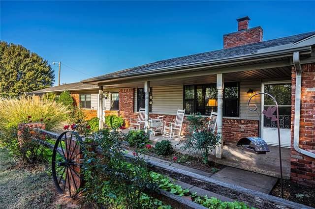 215 S County Line Road, Verden, OK 73092 (MLS #933382) :: Homestead & Co