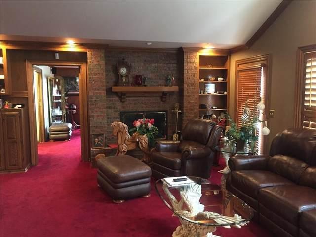 2005 E Bradley Street, Shawnee, OK 74804 (MLS #933457) :: Homestead & Co