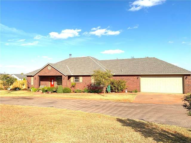 10748 N 1990, Elk City, OK 73644 (MLS #933484) :: Homestead & Co