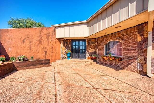 108 Willow Road, Kingfisher, OK 73750 (MLS #933670) :: Homestead & Co