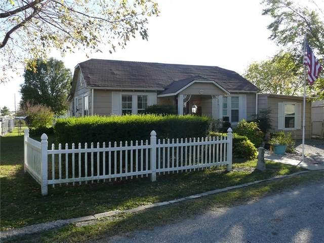 403 S Bullitt Street, Holdenville, OK 74848 (MLS #933786) :: Homestead & Co