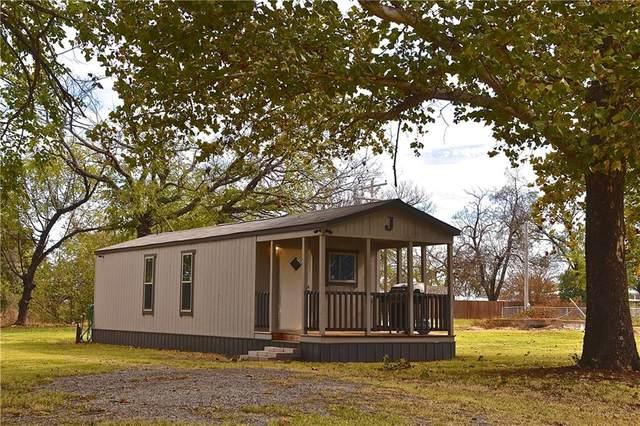 515 S Asp Street, Coyle, OK 73027 (MLS #933892) :: Homestead & Co