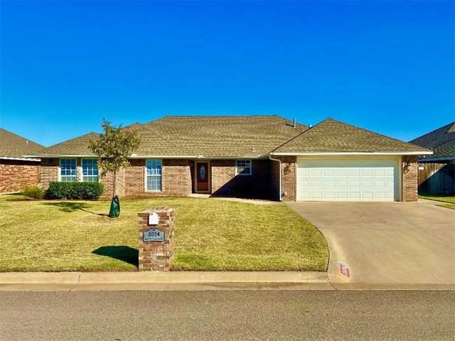 3024 White Tail Drive, Altus, OK 73521 (MLS #933925) :: Homestead & Co