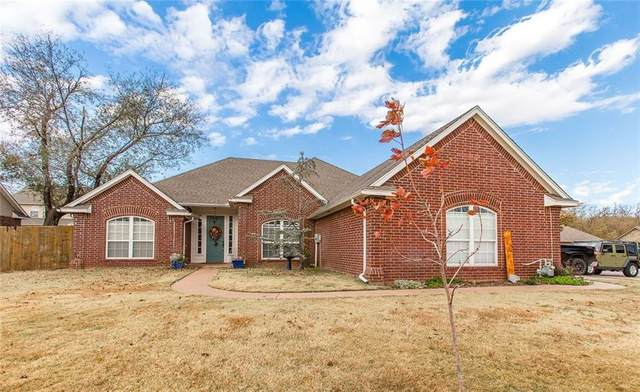 2915 Blue Stem Court, Purcell, OK 73080 (MLS #934882) :: Homestead & Co