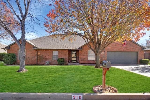 310 Peggy Drive, Elk City, OK 73644 (MLS #935121) :: Homestead & Co