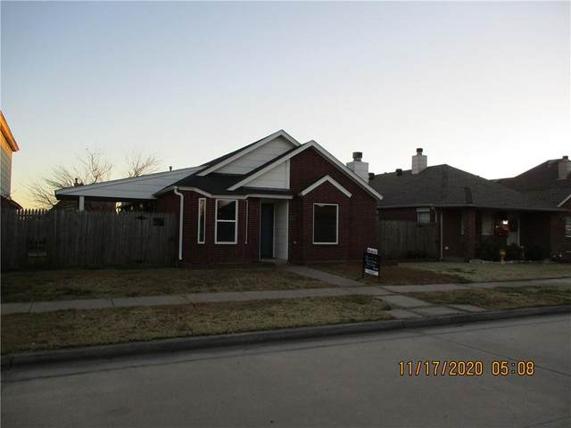 1006 SW 22nd Street, Moore, OK 73170 (MLS #935270) :: Homestead & Co