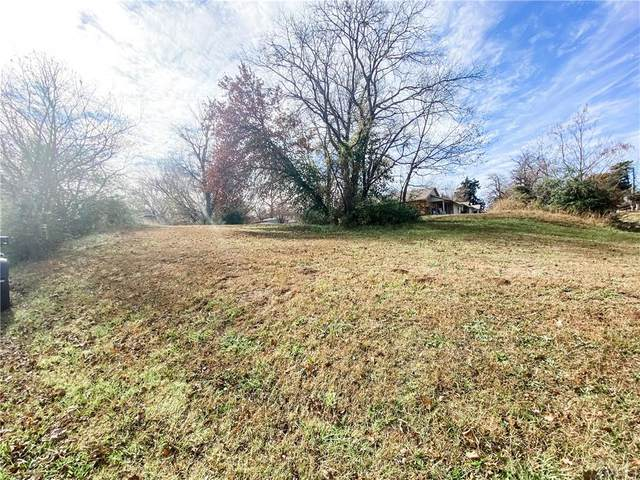 116 N 9th Street, Tecumseh, OK 74873 (MLS #935382) :: Homestead & Co