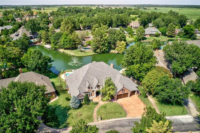 9837 Stonebridge Drive, Yukon, OK 73099 (MLS #935557) :: Homestead & Co