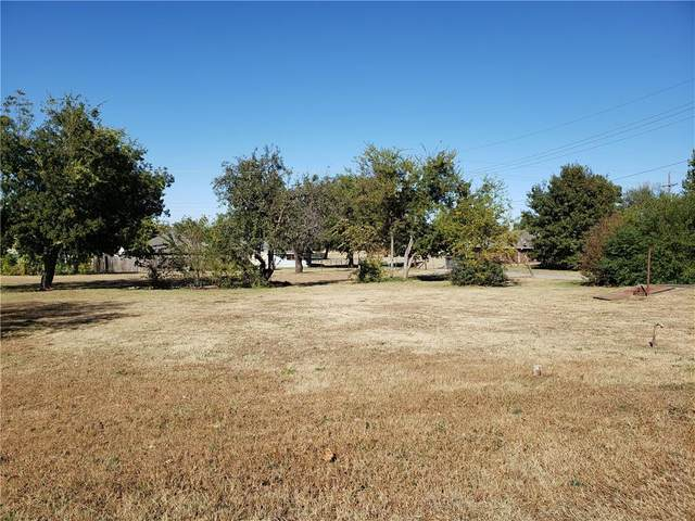 000 Arizona Street, Chickasha, OK 73018 (MLS #935593) :: Maven Real Estate