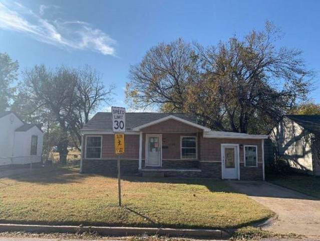1520 S 12th Street, Chickasha, OK 73018 (MLS #935686) :: Erhardt Group at Keller Williams Mulinix OKC