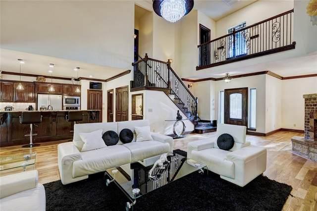 2617 Crestwood Drive, Jones, OK 73049 (MLS #935738) :: Homestead & Co