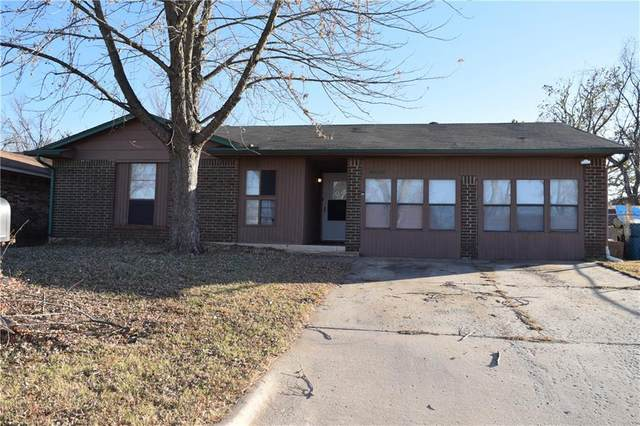 9608 NE 3rd Street, Midwest City, OK 73130 (MLS #935786) :: The UB Home Team at Whittington Realty