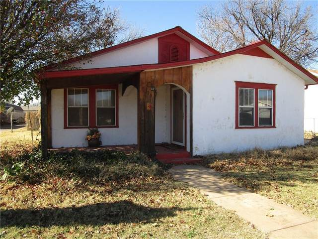 115 S Byers Street, Mangum, OK 73554 (MLS #935866) :: Homestead & Co