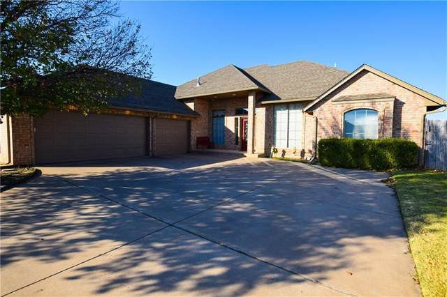 2121 SW 30th Street, Moore, OK 73170 (MLS #935947) :: Homestead & Co