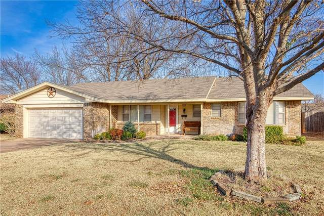 904 N Howard Avenue, Elk City, OK 73644 (MLS #936309) :: Homestead & Co