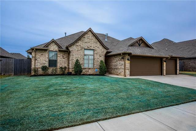 9116 NW 84th Terrace, Yukon, OK 73099 (MLS #936676) :: The UB Home Team at Whittington Realty