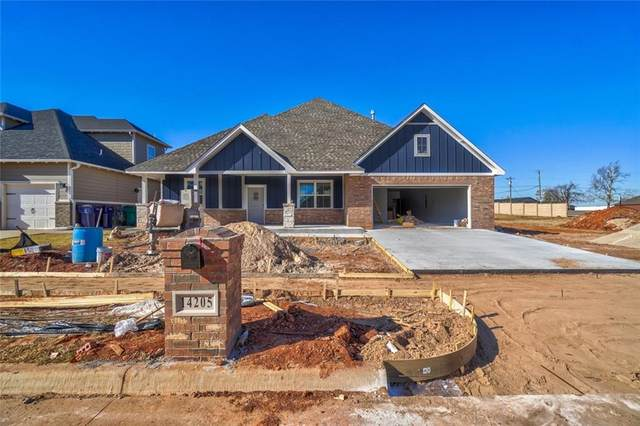 14205 Village Creek Way, Piedmont, OK 73078 (MLS #936759) :: Homestead & Co