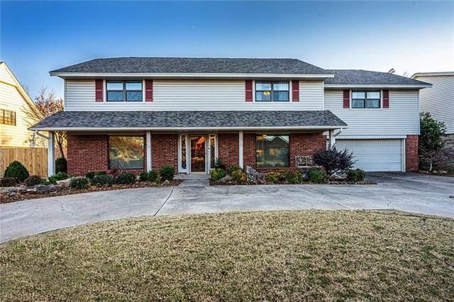 2112 Westwood Drive, Norman, OK 73069 (MLS #936966) :: Homestead & Co