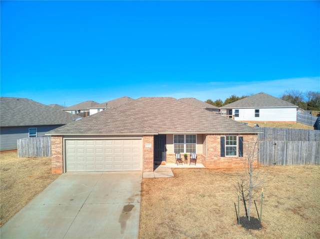 1317 Onyx Street, Noble, OK 73068 (MLS #937300) :: Homestead & Co