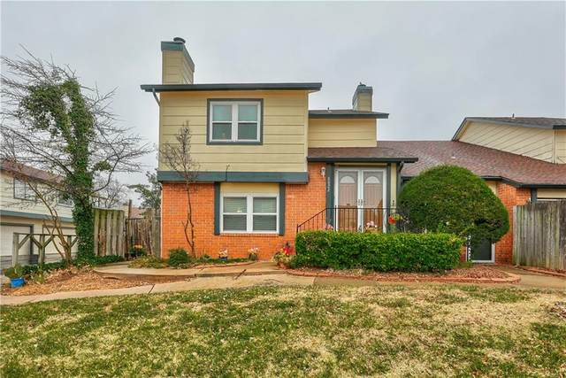 8822 N Rockwell Drive, Oklahoma City, OK 73132 (MLS #937409) :: The UB Home Team at Whittington Realty