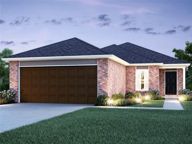 3007 Westbrook Street, Chickasha, OK 73018 (MLS #937874) :: ClearPoint Realty