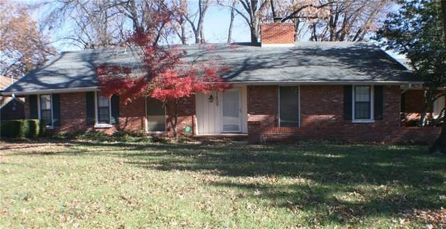 1409 Cookson Drive, Ponca City, OK 74604 (MLS #937969) :: Homestead & Co