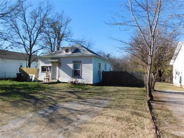 308 S Pottenger Avenue, Shawnee, OK 74801 (MLS #938072) :: Homestead & Co