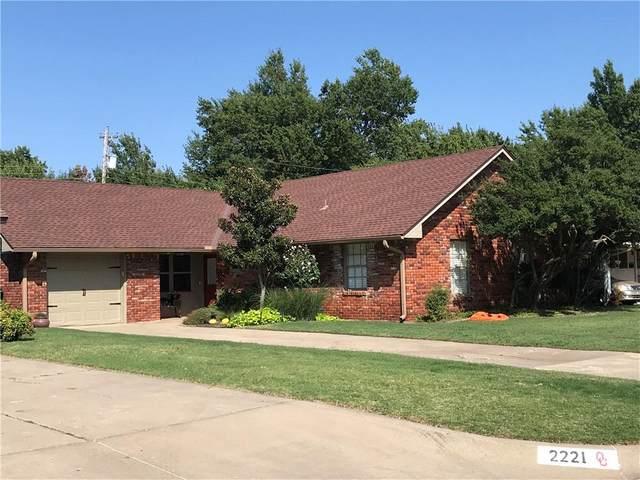 2217 NW 54th Street, Oklahoma City, OK 73112 (MLS #938396) :: Homestead & Co