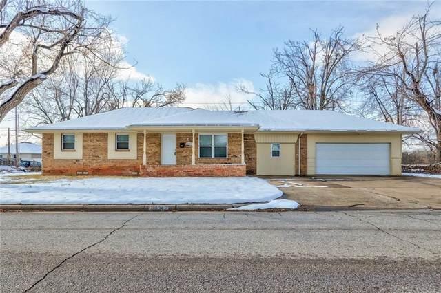 10421 N Mckinley Avenue, Oklahoma City, OK 73114 (MLS #938937) :: Homestead & Co