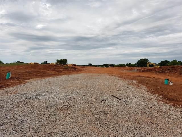 4400 Mahogany Hills Drive, Moore, OK 73160 (MLS #938959) :: Maven Real Estate