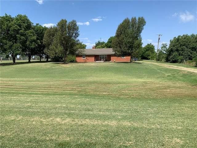 9801 N Lincoln Boulevard, Oklahoma City, OK 73114 (MLS #939580) :: Erhardt Group at Keller Williams Mulinix OKC