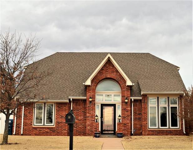 719 E 11th Street, Cordell, OK 73632 (MLS #939605) :: ClearPoint Realty
