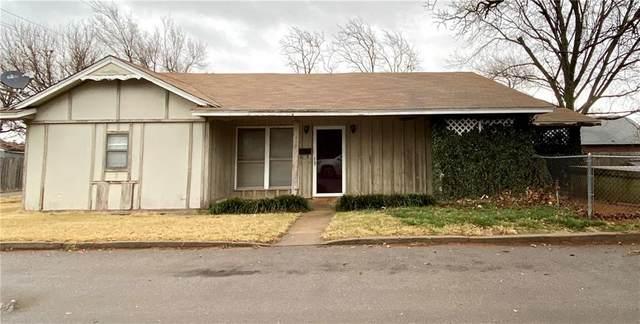 416 N Elk Avenue, Elk City, OK 73644 (MLS #939658) :: Homestead & Co