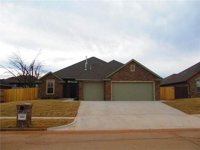 1621 Post Oak Lane, Moore, OK 73160 (MLS #939681) :: Homestead & Co