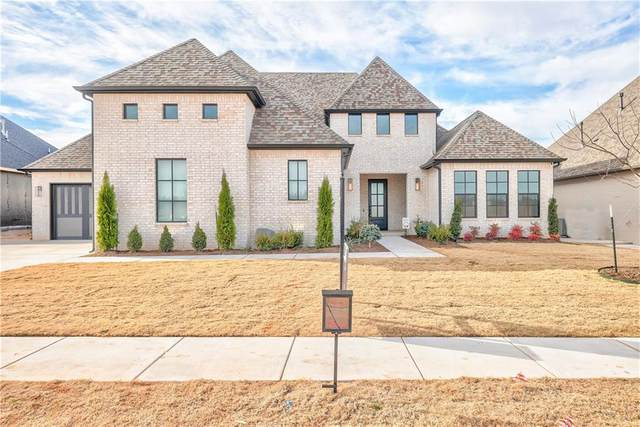 2925 Gold Finch Drive, Edmond, OK 73012 (MLS #940246) :: Homestead & Co