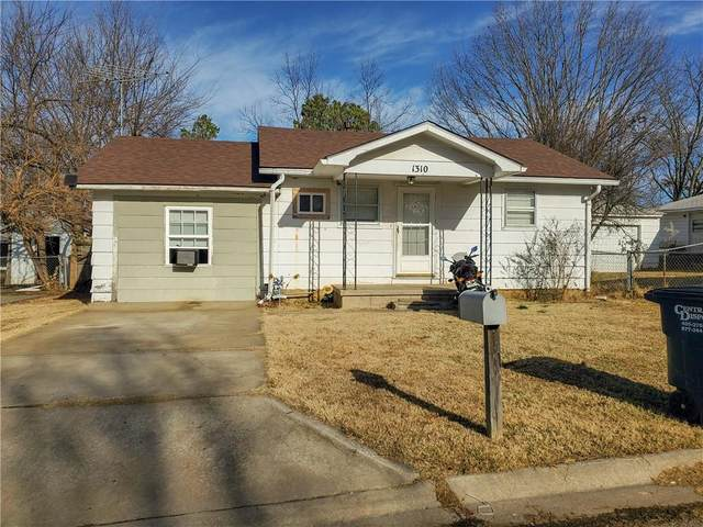 1310 E Wallace Street, Shawnee, OK 74801 (MLS #940287) :: Homestead & Co