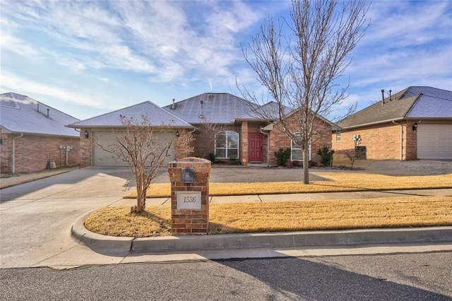 1536 Central Parkway, Norman, OK 73071 (MLS #940585) :: Erhardt Group at Keller Williams Mulinix OKC