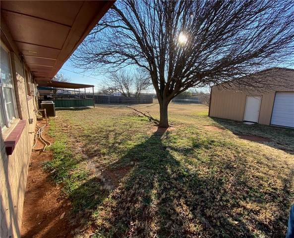 109 Cheyenne Road, Burns Flat, OK 73642 (MLS #940882) :: Homestead & Co