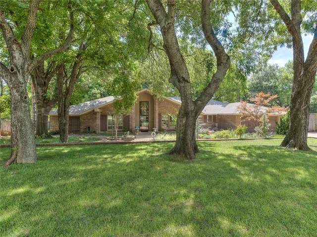 10908 Blue Stem Back Road, Oklahoma City, OK 73162 (MLS #940889) :: Homestead & Co