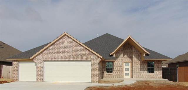 1731 W Zachary Way, Mustang, OK 73064 (MLS #940998) :: ClearPoint Realty
