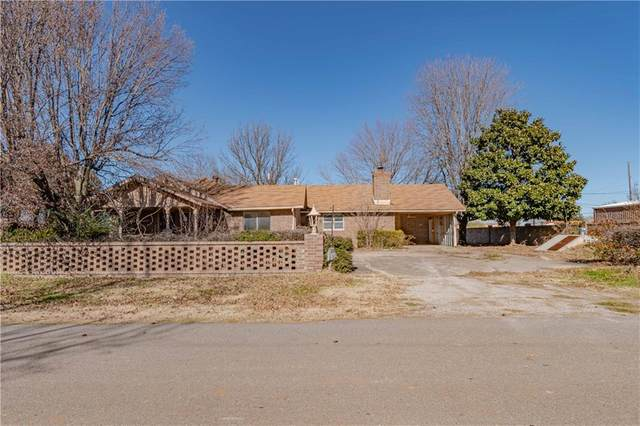 305 W Hughes Street, Wayne, OK 73095 (MLS #941080) :: Erhardt Group at Keller Williams Mulinix OKC