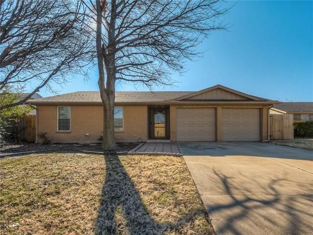 3220 SW 82nd Street, Oklahoma City, OK 73159 (MLS #941110) :: Homestead & Co