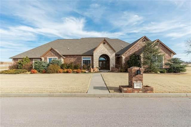 105 Riverview Drive, Clinton, OK 73601 (MLS #941111) :: Homestead & Co