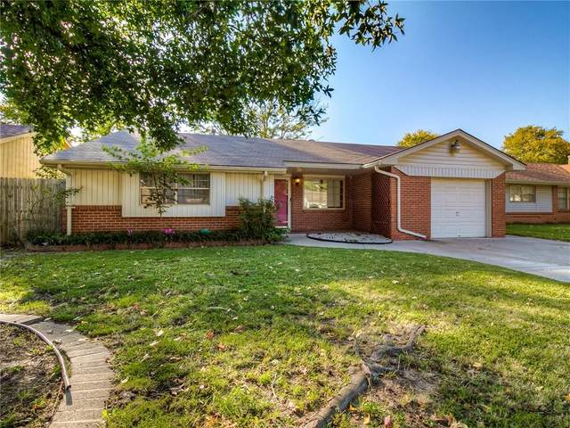 2521 N Reeves Avenue, Oklahoma City, OK 73127 (MLS #941414) :: Homestead & Co