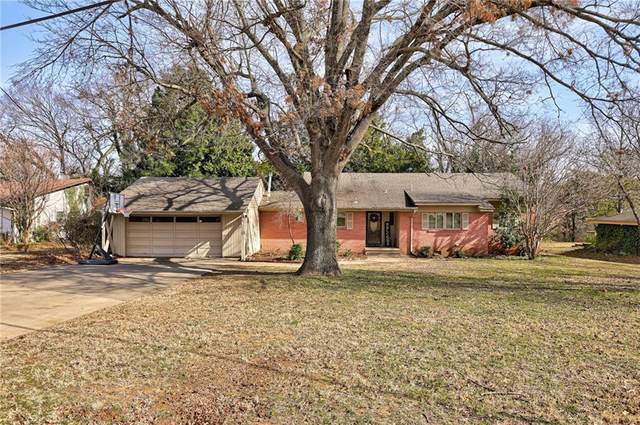 2709 S Berry Road, Norman, OK 73072 (MLS #941479) :: Erhardt Group at Keller Williams Mulinix OKC