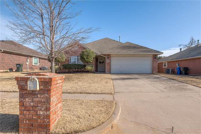 4105 Gyrfalcon Drive, Norman, OK 73072 (MLS #941528) :: Erhardt Group at Keller Williams Mulinix OKC